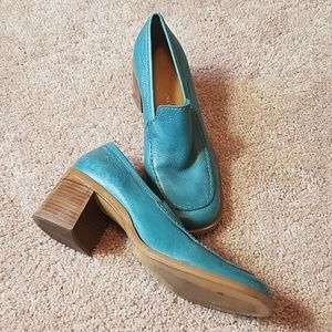 Enzo angiolini blue leather shoes size 6.5